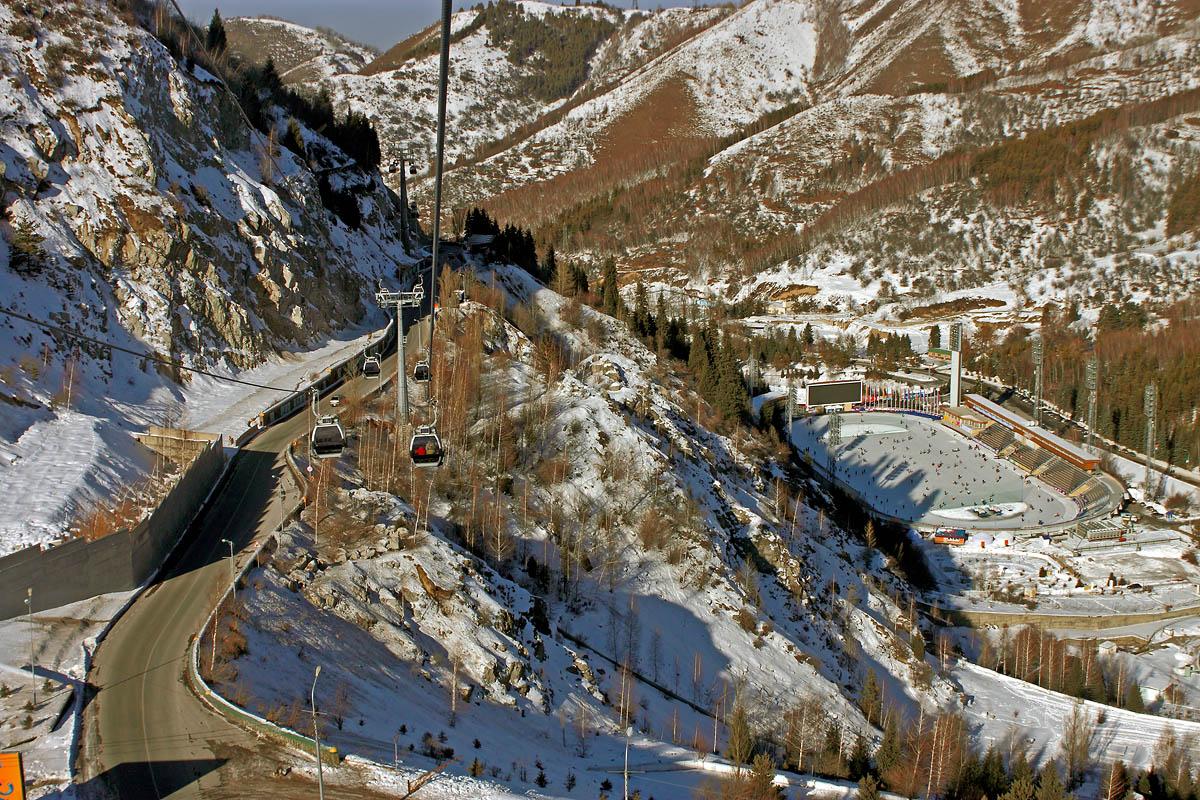 12 электротакси будут курсировать по маршруту Медеу – Шымбулак