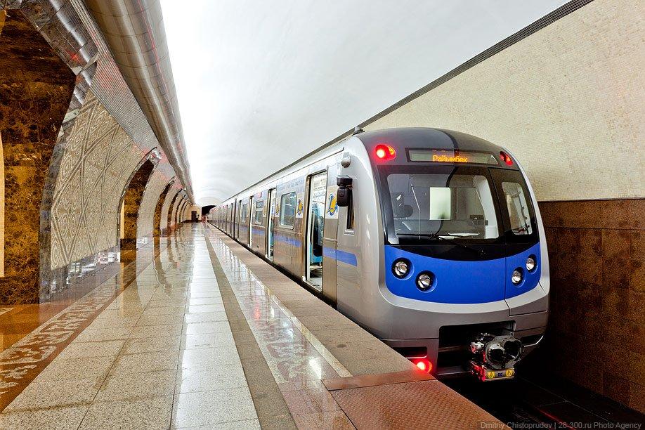 Станции метро «Сарыарка» и «Достык» в Алматы сдадут в декабре 2021 года